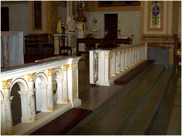 St. Mary of the Angels Chicago - altar rail