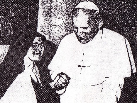 The fake Sister Lucy with Antipope John Paul II