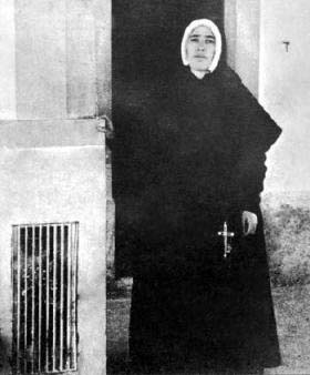 The Real Sister Lucia standing