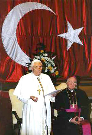 Benedict XVI and the Islamic flag